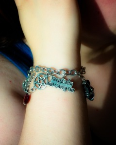 Carrie gives us another view of the Keep Calm and Carry On charm bracelet!